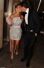 TV Choice Awards 2019: Billie Faiers and Greg Shepherd pack on the PDA