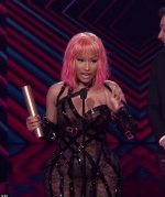 Inside the People's Choice Awards: Nicki Minaj thanks God