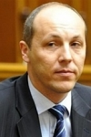 Parubiy ready to resign after signing of language law