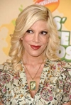 Tori Spelling and her Beverly Hills 90210 castmates get stumped